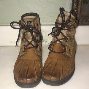 Women's UGG Acadia winter boot